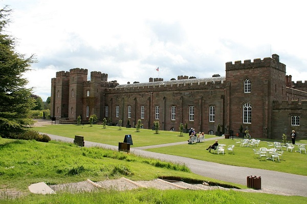 motorhome holiday at Scone Palace