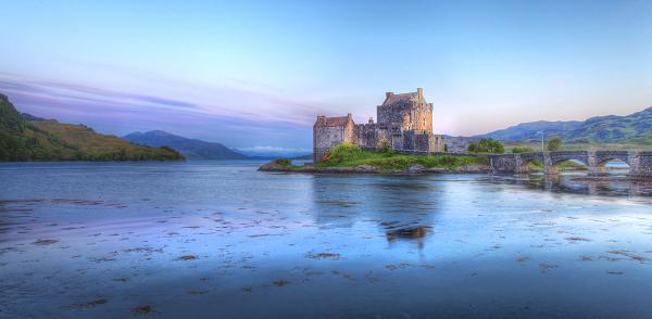 Eilan-Donan-Castle-Motorhome-Tours-Scotland