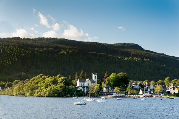 Kenmore-and-Loch-Tay-Scottish-lochs
