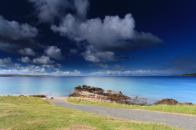 Not all roads lead to the beach… but the Gairloch area boasts a number of good sandy beaches, as well as spectacular Scottish west coast scenery.