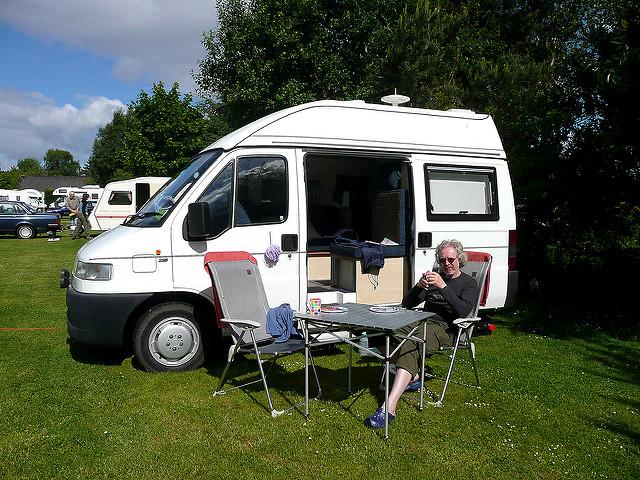 Campervan [credit Eleda 1 flickr]