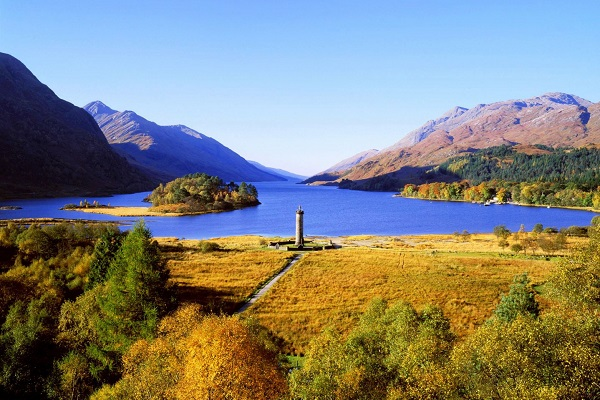 Loch Shiel and the Glenfinnan monument, south of Glenfinnan. The loch was filmed as Hogwarts Lake in several Harry Potter movies