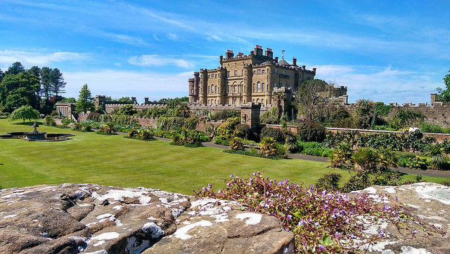 Culzean Castle & Country Park is a fantastic day out for families, with woods, beaches, a play park, and of course a magnificent castle to explore. Photo credit: Muhammad Younas