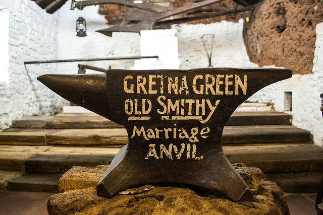 A popular tourist attraction, the Grenta Green Famous Blacksmiths Shop has been around since 1712. This wedding venue is complete with symbolic anvil, exhibitions and plenty of shopping opportunities. Photo credit: Math