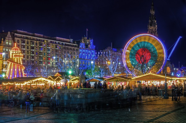 Edinburgh's Christmas markets and Winter Wonderland are conveniently located right in the centre of Edinburgh. Photo credit:Ross G. Strachan