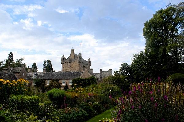 Cawdor Castle Gardens [credit Warrick Wynne on Flickr]
